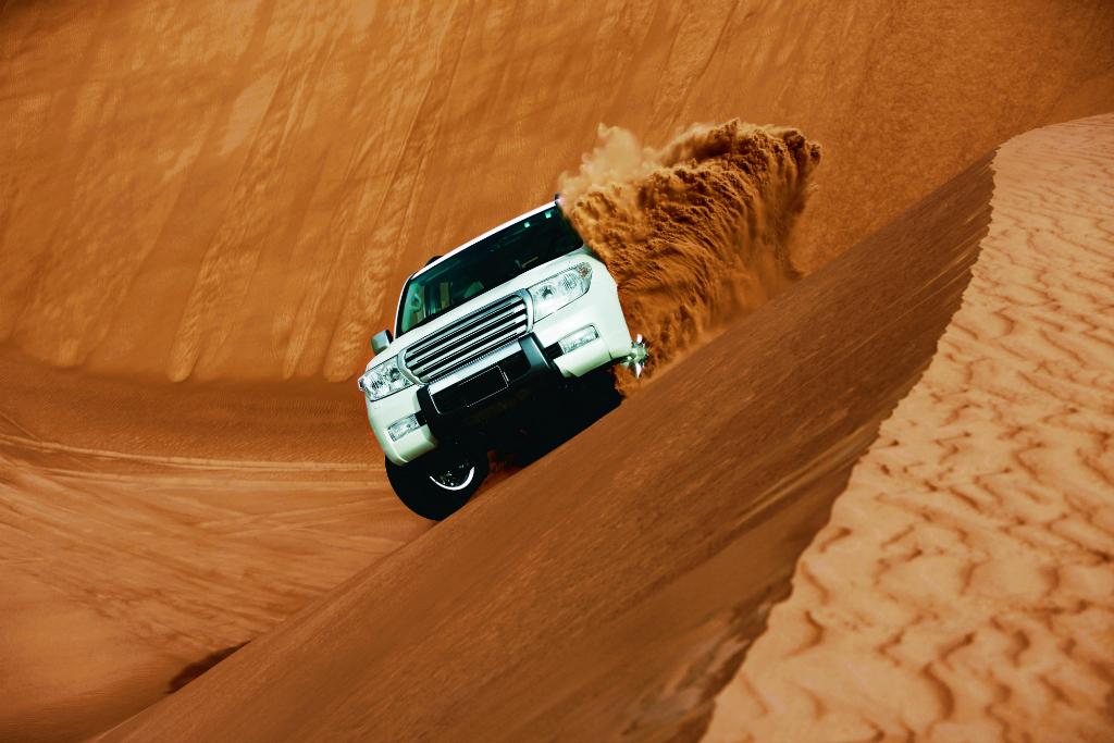 DESERT SAFARI DUBAI TRIP AT ITS BEST WITH SKYLAND TOURISM