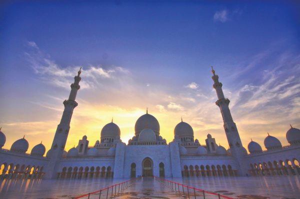 The Places You Cannot Miss On Your Abu Dhabi City Tour
